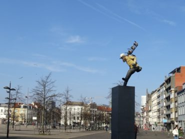 Icarus achterna